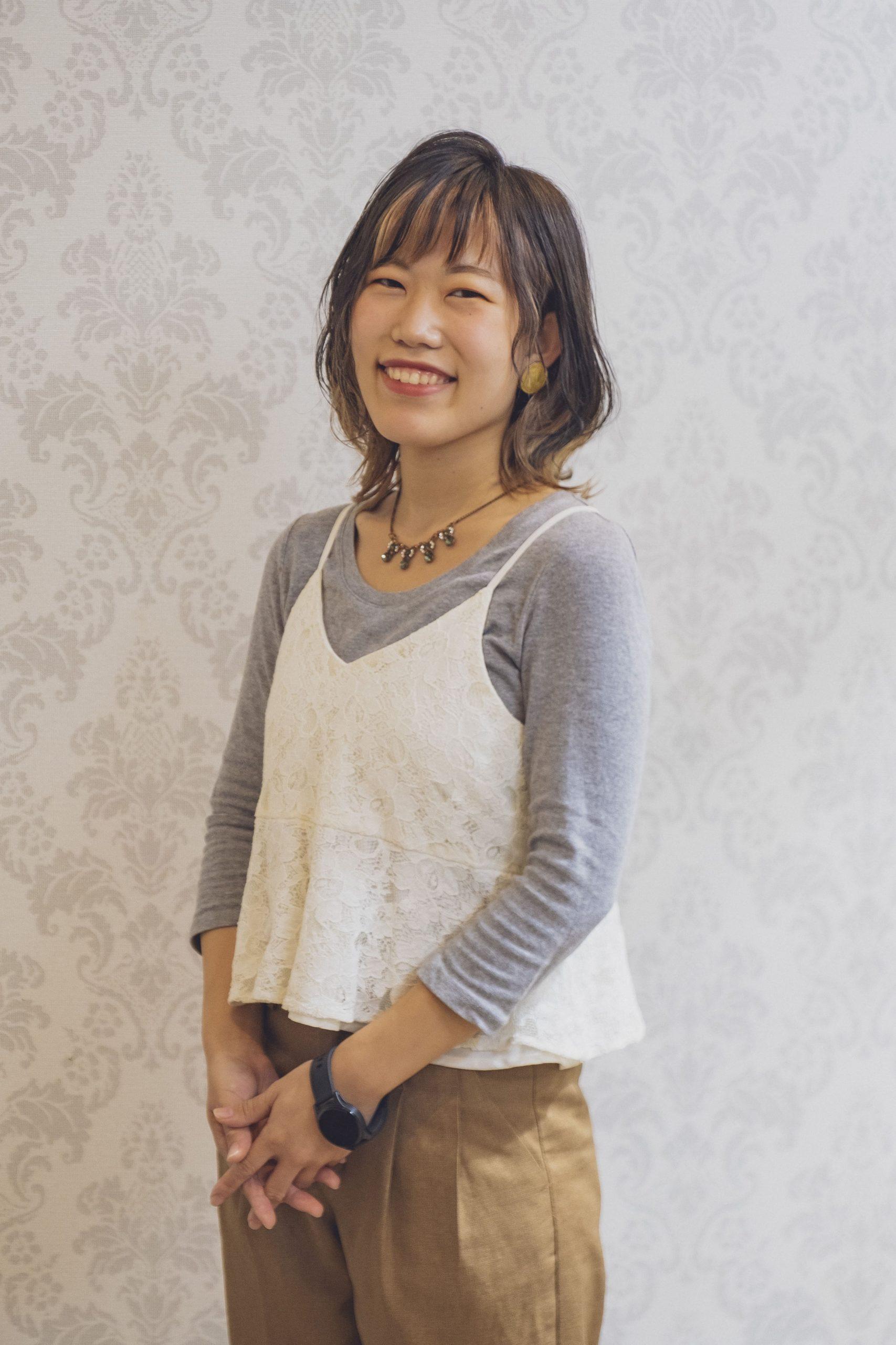 【髪質改善師】金築 彩夏